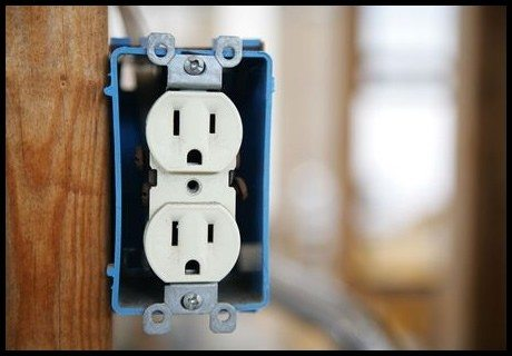 electrical-outlet-new-replace
